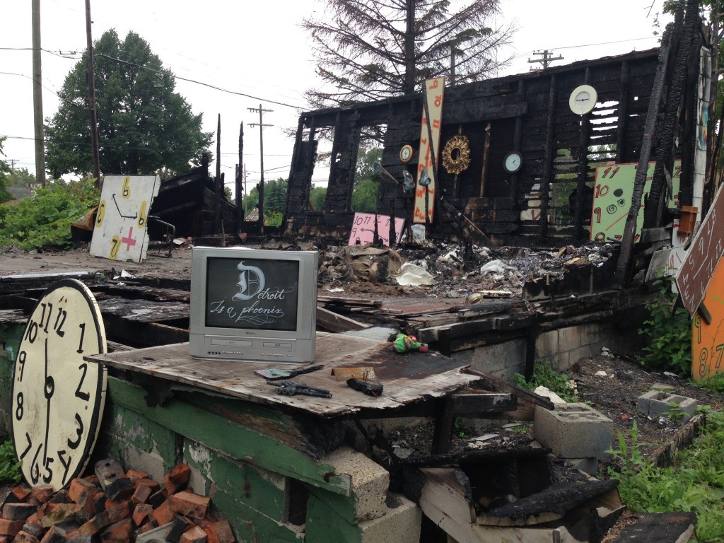 In other areas, liberals would say the remnants of this house should be cleared for safety reasons.  In Detroit, this is viewed as art by some in the arts community.
